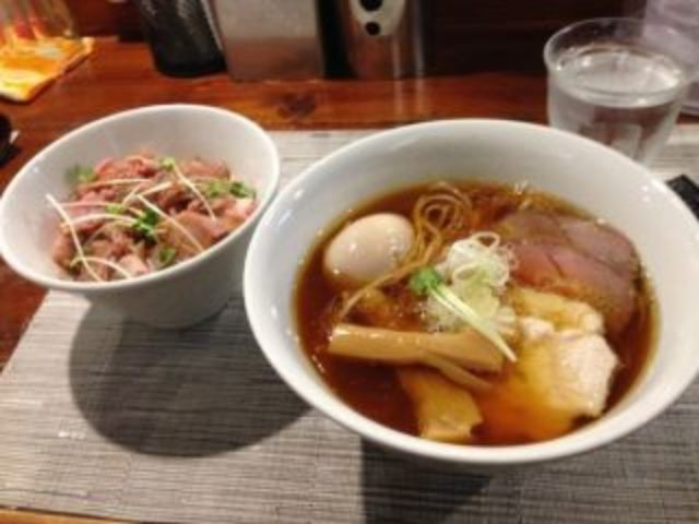 高田馬場のラーメン店らぁ麺やまぐちは激戦区の中でおすすめか?ミシュランも認めた名店とは?